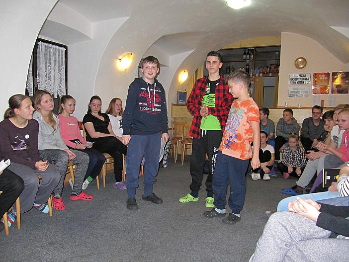 karlov16_09